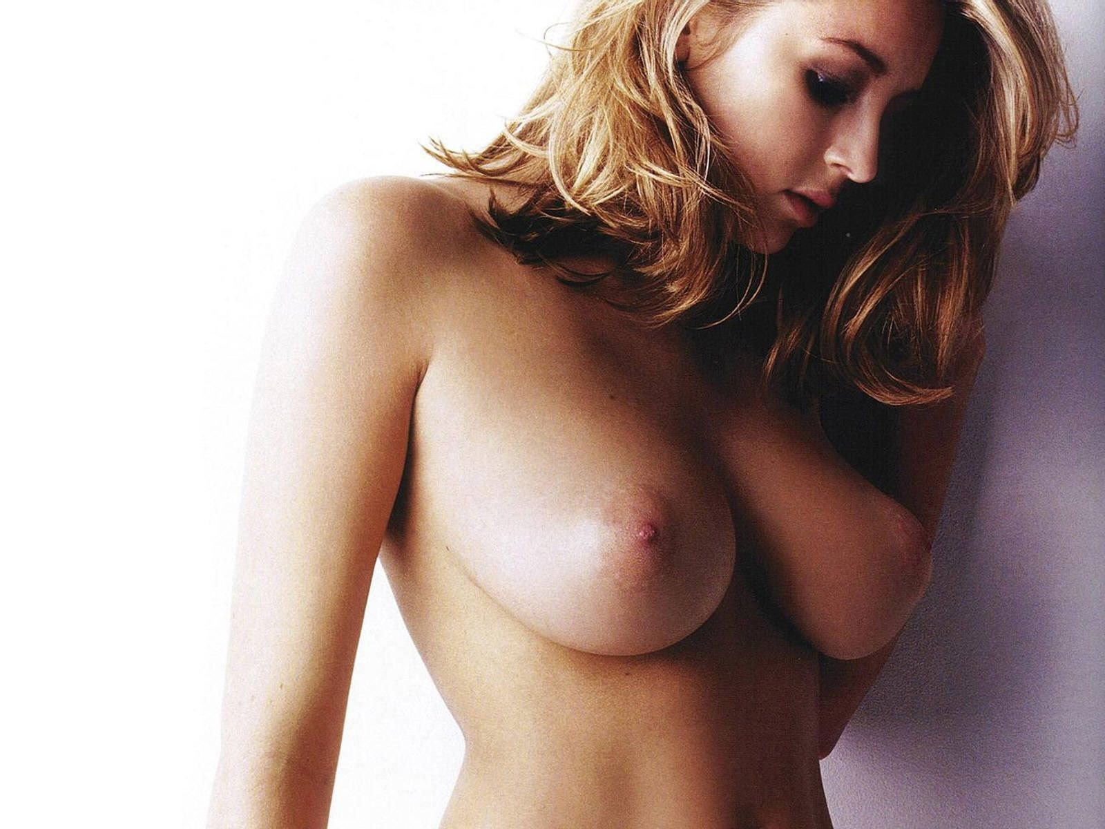 hot babes nude indonesia