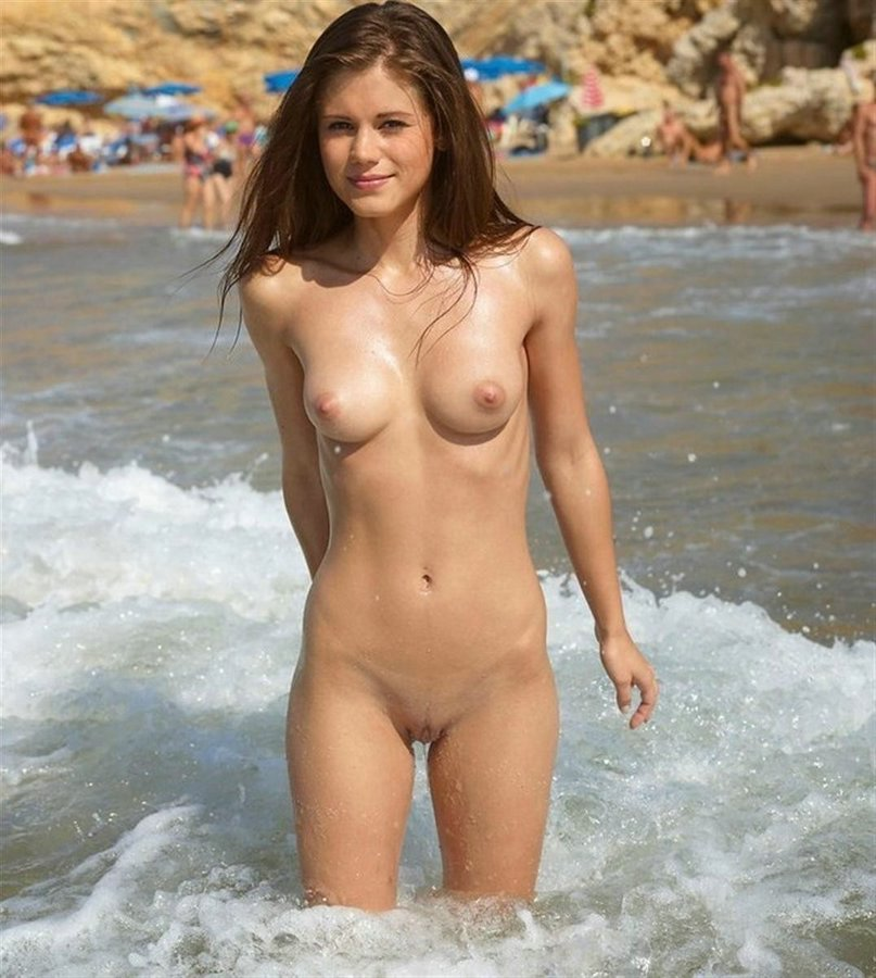 pak full sexy and hot naked girls